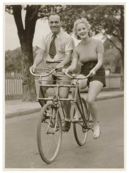 Don't forget to lock up the bike, you lovebirds.